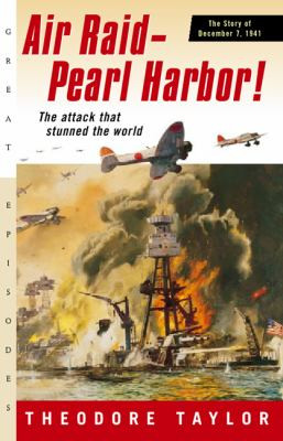 Air Raid - Pearl Harbor!: The Story of December 7, 1941 B2622