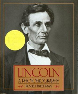 Lincoln : A Photobiography B0913